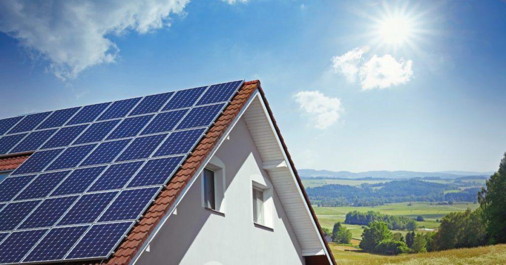 photovoltaique-toit-maison