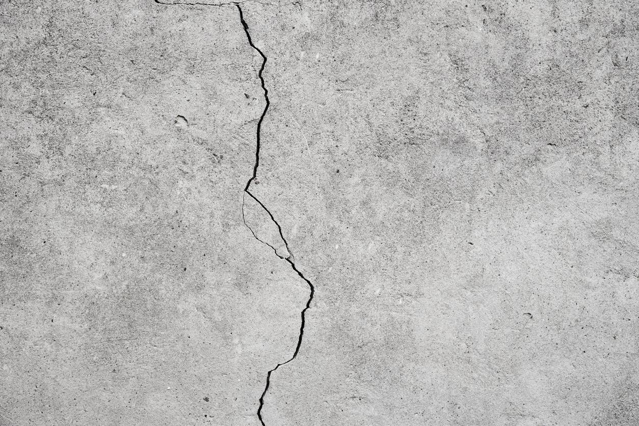 réparer une fissure dans un béton
